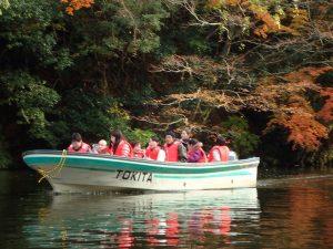 亀山湖の観光船