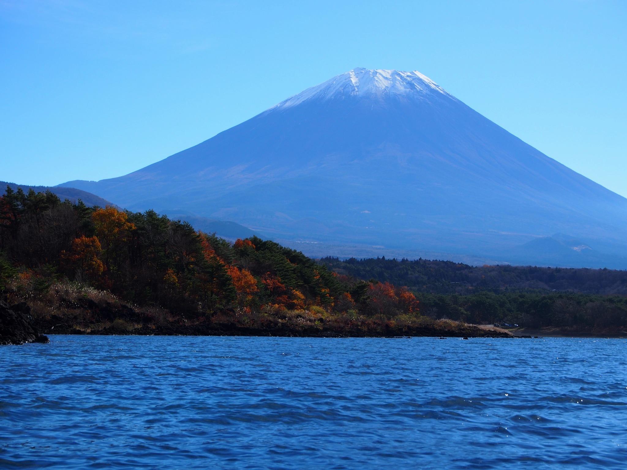 本栖湖 富士山 紅葉