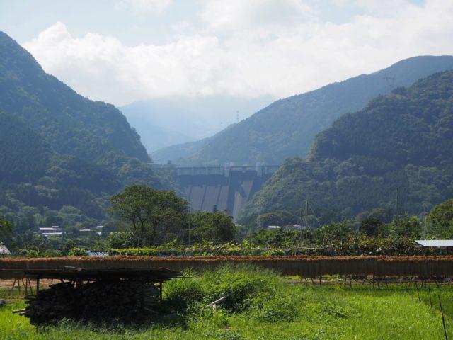 浦山ダム 遠景