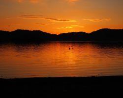 桧原湖 日没直後