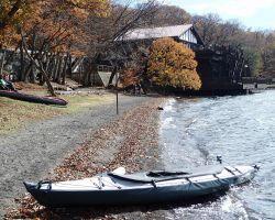 ボートハウスから出艇