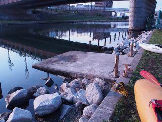 大島小松川公園河原の出艇場所