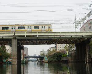 横十間川の総武線の鉄橋